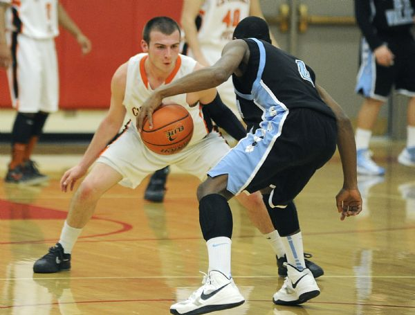 Raiders Get Bounced in First Round of PIAA Playoffs
