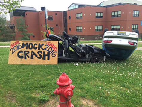 SADD Club hosts mock crash