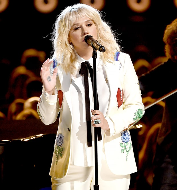 Kesha allowed to perform at BBMAs