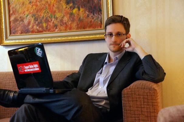 Edward+Snowden+should+be+pardoned
