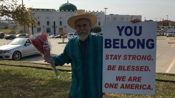 Texas Man Gives Heart-felt Message to Muslims