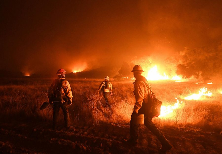 Thomas fire becomes one of the largest in California's history
