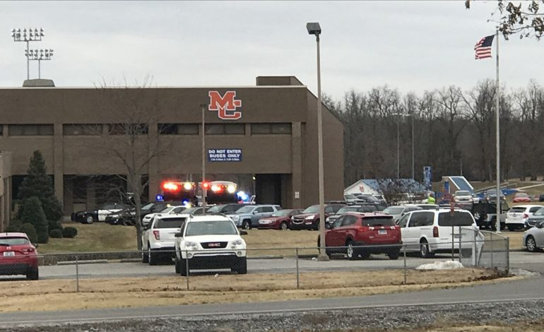 Kentucky school shooting unites small town
