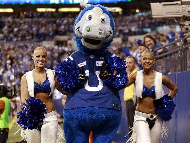 %23ChuckStrong%3A+Colts+Cheerleaders+Go+Bald+for+a+Good+Cause