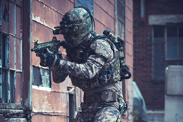 U.S.+Military+Works+on+Modern+Suit+of+Armor+Comparable+to+Iron+Man