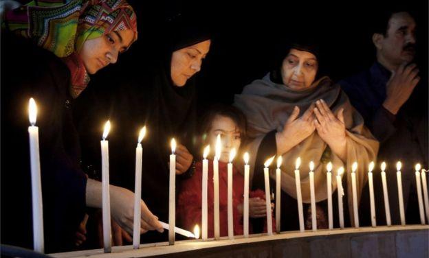 Militants+kill+19+at+Bacha+Khan+University+in+Pakistan